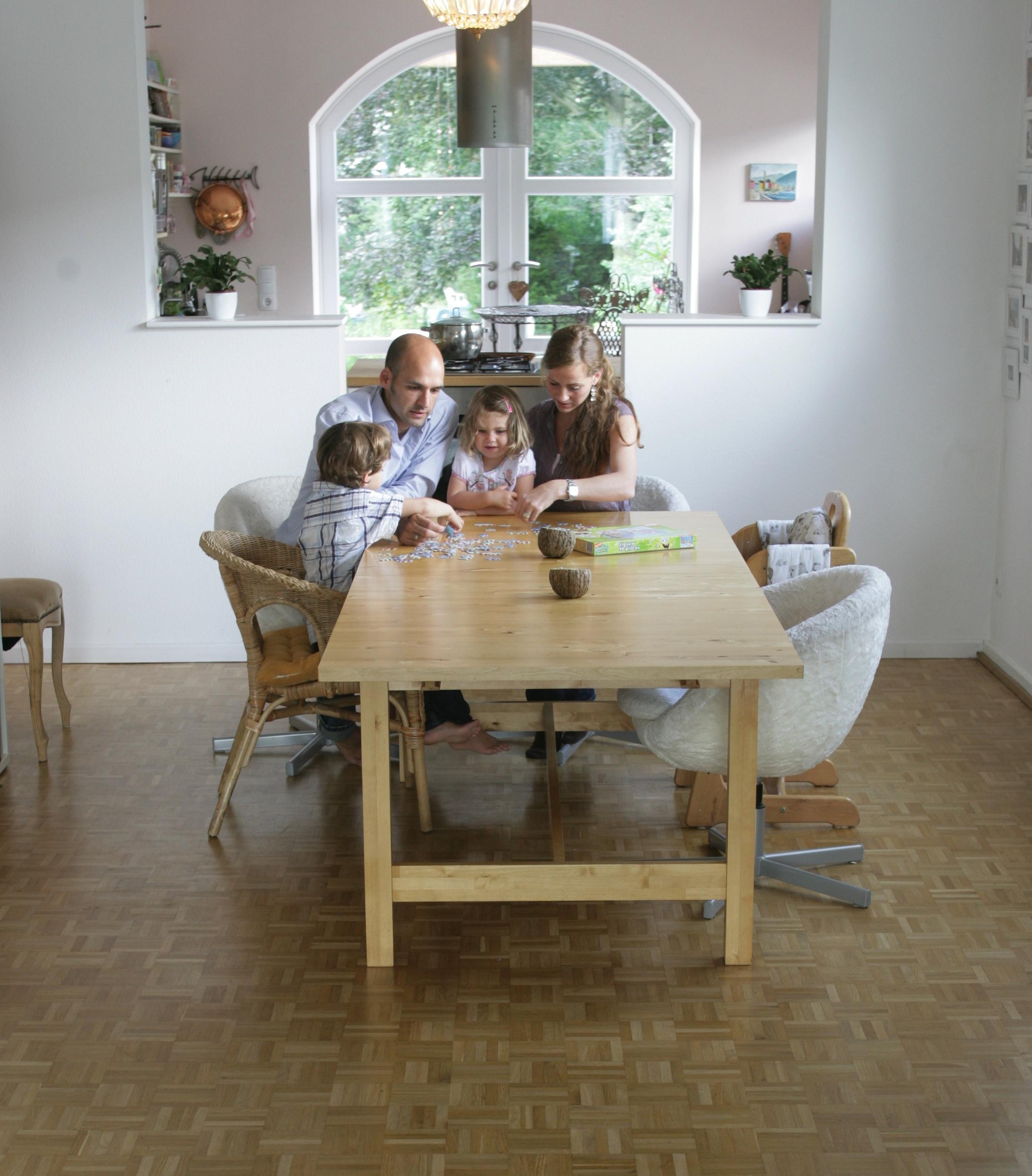Wandfarben Und Produktion. Download. Familie Wandfarben